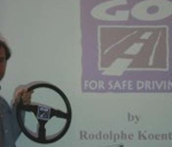 Go For Safe Driving (GFSD) - Maitrise sol glissant www.cooldriving.be +32 477 808 808